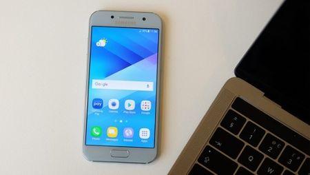 Samsung Galaxy A3 (2017) – Nhung nang cap dang luu y - Anh 5