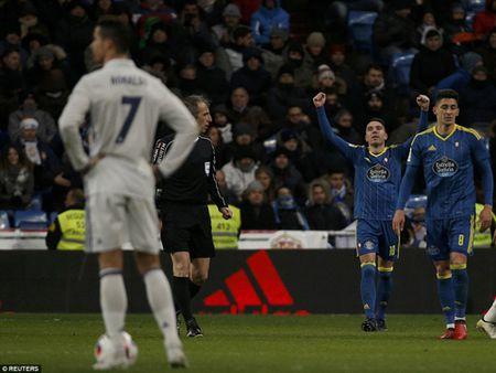 Real Madrid 1-2 Celta Vigo: Hang cong vo duyen, Real thua soc, tran thu 2 lien tiep - Anh 3