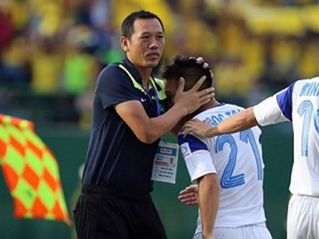 Thua tran derby, HLV Duc Thang che bong da Viet Nam - Anh 1