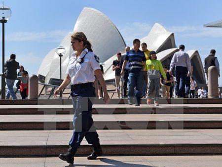Du lich Australia tren da tang truong manh trong hai nam qua - Anh 1