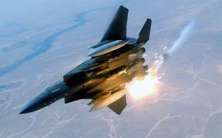 Tiem kich Su-27 lam thit 'vua bau troi' My - Anh 2