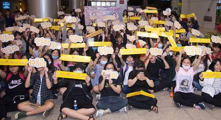 Fan Viet thuc xuyen dem cho gap 'nu than sac dep' Yoona - Anh 1