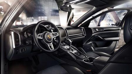 Porsche Cayenne Platinum gia tu 4,6 ty dong tai Viet Nam - Anh 3