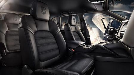 Porsche Cayenne Platinum gia tu 4,6 ty dong tai Viet Nam - Anh 4