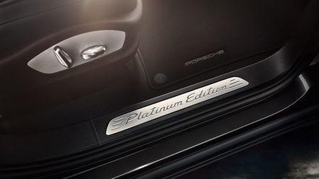 Porsche Cayenne Platinum gia tu 4,6 ty dong tai Viet Nam - Anh 5