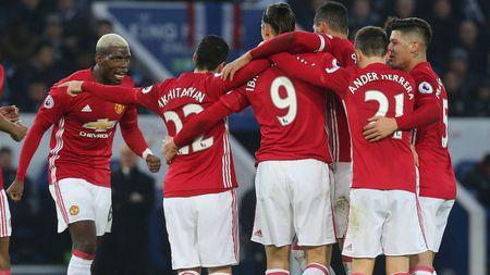 Du doan vong 25 NHA: Liverpool sa lay; Man Utd hoan hi - Anh 2