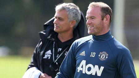 Diem tin chieu 10/02: Rooney dua Mourinho 'len may'; Sang to moi quan he Conte - Costa - Anh 1