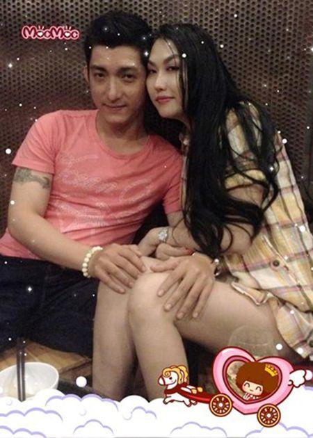 Vo boc hanh phuc cua cap doi Phi Thanh Van - Bao Duy - Anh 1
