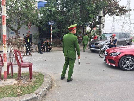 Nam Dinh: Hon 2.000 nguoi dam bao an ninh le Khai an den Tran - Anh 10