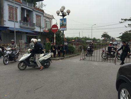 Nam Dinh: Hon 2.000 nguoi dam bao an ninh le Khai an den Tran - Anh 12