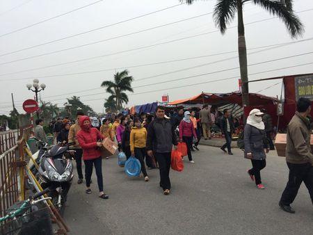 Nam Dinh: Hon 2.000 nguoi dam bao an ninh le Khai an den Tran - Anh 14