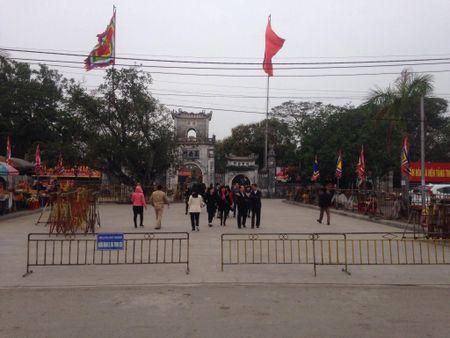 Nam Dinh: Hon 2.000 nguoi dam bao an ninh le Khai an den Tran - Anh 3