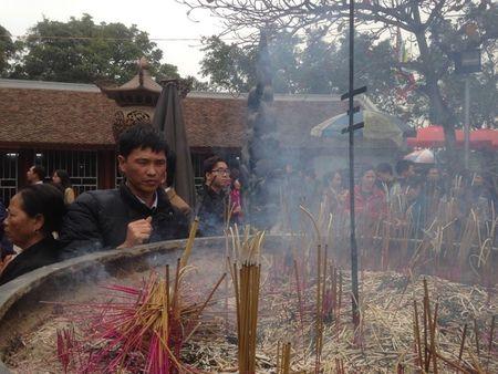 Nam Dinh: Hon 2.000 nguoi dam bao an ninh le Khai an den Tran - Anh 5