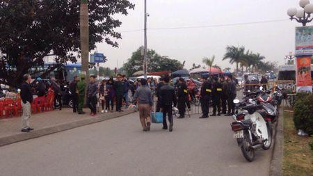 Nam Dinh: Hon 2.000 nguoi dam bao an ninh le Khai an den Tran - Anh 6