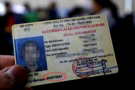 Tuong Cong an: 'Rut thoi han bang lai xe gay phien ha, ton kem' - Anh 1