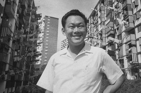CIA tung chi 25 trieu USD mua chuoc Thu tuong Ly Quang Dieu - Anh 1