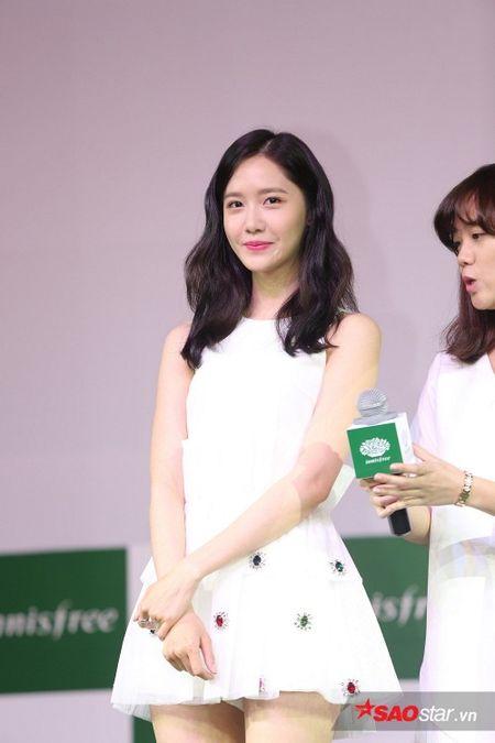 Yoon Ah xuat hien rang ro, hua hen mon qua danh fan Viet - Anh 1
