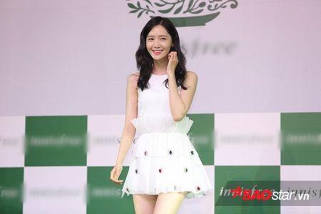 Yoon Ah xuat hien rang ro, hua hen mon qua danh fan Viet - Anh 4