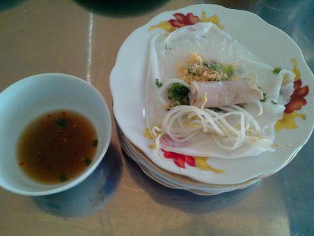 Banh uot Dien Khanh, mon ngon khong the bo qua khi den Nha Trang - Anh 1