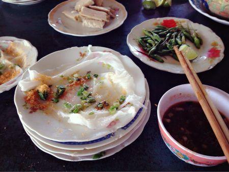 Banh uot Dien Khanh, mon ngon khong the bo qua khi den Nha Trang - Anh 3