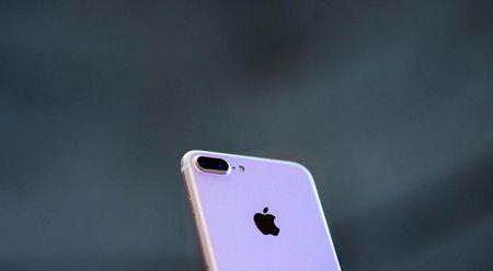 iPhone 8 'khai tu' nut bam va gia dat nhat trong lich su - Anh 1