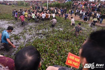 Trai lang do mau, kiet suc trong cuop phet Hien Quan 2017 - Anh 6