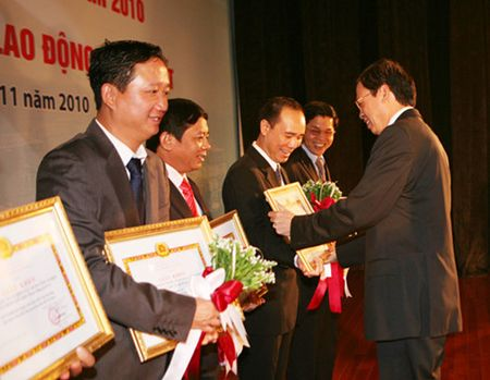 Bo Cong thuong chua phan hoi yeu cau thu hoi Huan chuong cua Trinh Xuan Thanh - Anh 1