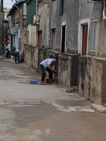 Ha Noi: Can xu ly dut diem hanh vi pha do tuong bao tap the Dai hoc Y - Anh 1