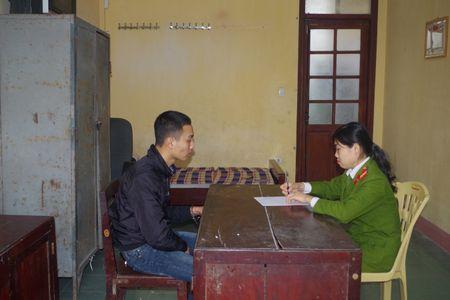 Ha Nam: Bat 2 doi tuong bi truy na ve toi giet nguoi - Anh 1