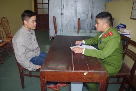 Ha Nam: Bat 2 doi tuong bi truy na ve toi giet nguoi - Anh 2