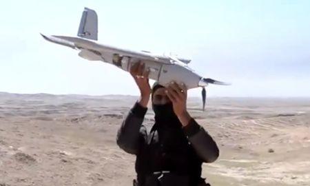 IS dung may bay khong nguoi lai tha bom vao linh Iraq o Mosul - Anh 1