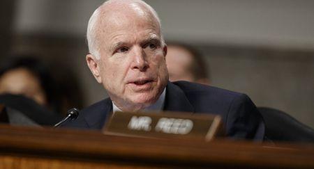 Ong Trump: My sa lay xung dot do nhung nguoi nhu John McCain - Anh 1