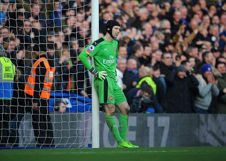 So lieu khong noi doi: Da den luc Arsenal nen thay...Petr Cech - Anh 3