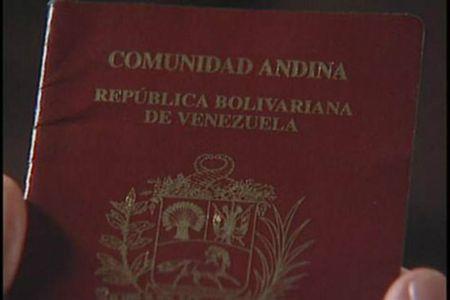 Su quan Venezuela bi to ban ho chieu - Anh 1