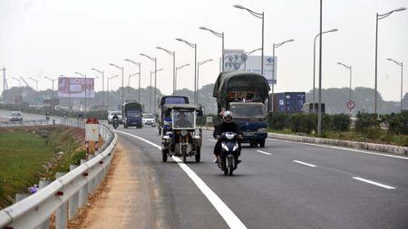 Sai pham tai tram thu phi BOT Ha Noi - Bac Giang - Anh 1