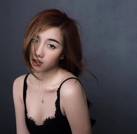 9 hot girl Viet chuyen huong sang phong cach sexy - Anh 2