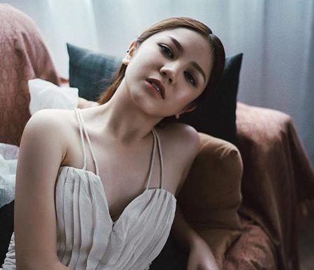 9 hot girl Viet chuyen huong sang phong cach sexy - Anh 8
