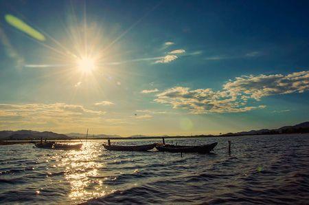 Ho Lak - diem du lich noi tieng bac nhat tinh Dak Lak - Anh 12
