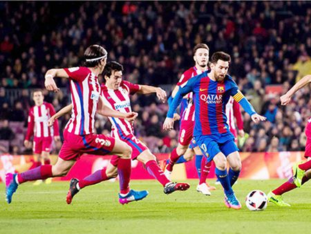Dua De Gea ve Madrid, Florentino Perez moi ngu ngon giac - Anh 2