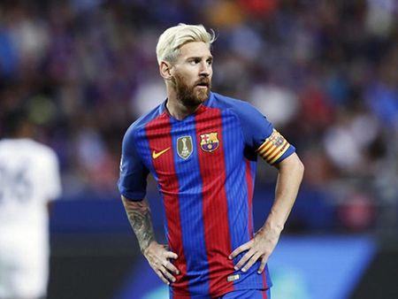 CAP NHAT tin toi 10/2: Ibra ap luc khi khoac ao Man United. Real khuoc tu mong muon cua Barca - Anh 5