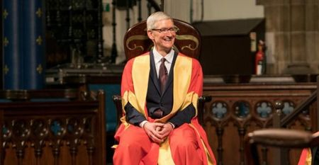 CEO Apple bien co hoi gap sinh vien thanh dien dan cong kich ong Trump - Anh 2