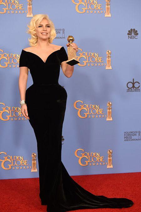 Lady Gaga va phong cach thoi trang lap di, khac nguoi - Anh 15