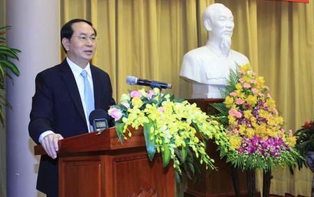 Chu tich nuoc Tran Dai Quang du buoi gap mat truyen thong 4 Van phong - Anh 1