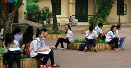 Ha Noi va TP HCM dieu chinh lich thi tuyen sinh vao lop 10 - Anh 1
