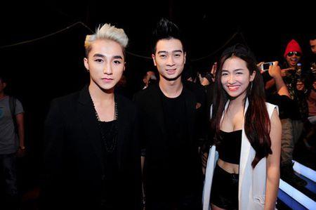 Son Tung M-TP va Slim V cung ra MV moi trong ngay Le tinh nhan - Anh 1