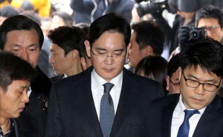 Samsung: su co Note 7 chua qua, song gio lai ap den - Anh 1