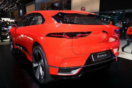 Jaguar I-Pace 'thach thuc' truc tiep Tesla Model X - Anh 3