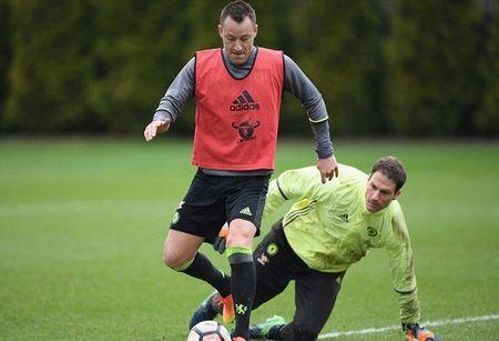 Chum anh: Dan sao Chelsea 'luyen cong' va mo hoi cho dai chien Man Utd - Anh 5