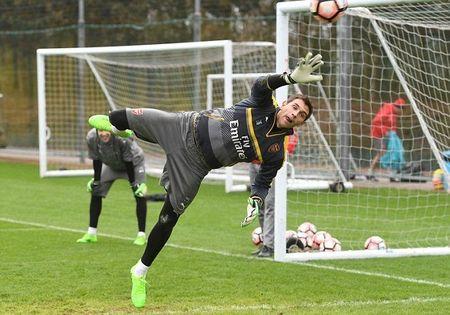Chum anh: Sanchez tram ngam, Oezil quyet tam cao do truoc Tu ket FA Cup - Anh 6