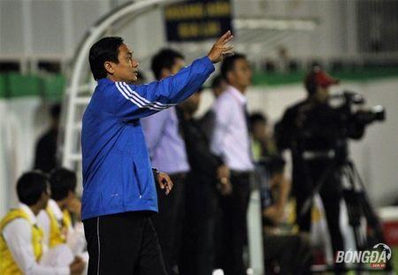 'Nhan to X' giup TP.HCM thang hoa o V-League - Anh 2